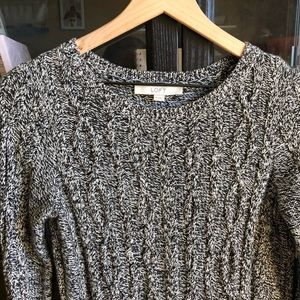 ANN TAYLOR LOFT cable knit grey marbles sweater